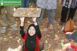 Cuchi Tunnels and Mekong Muslim Tour 1 Day